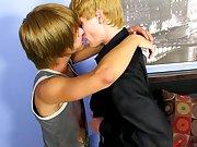 Twink porno video and gay bareback bilder
