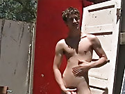 Ryan is a horny guy who likes to jerk off outdoors tips for male masturbatio