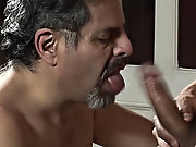When the technician showed up, the geezer forgot about the line and wanted to blow the muscled boy's cock straight away gay mature fathers