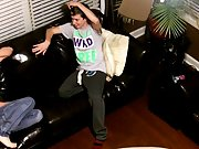 Emo twinks free full videos and men kissing and humping - at Tasty Twink!